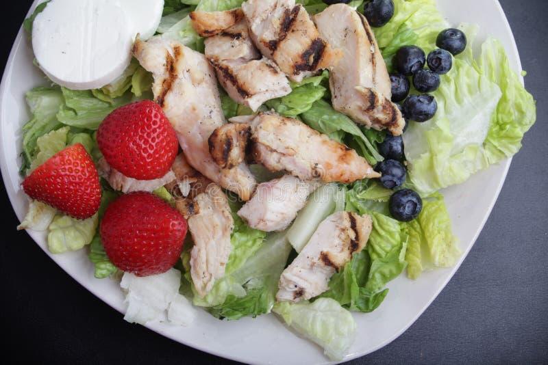 Salade de fruits de poulet photo libre de droits