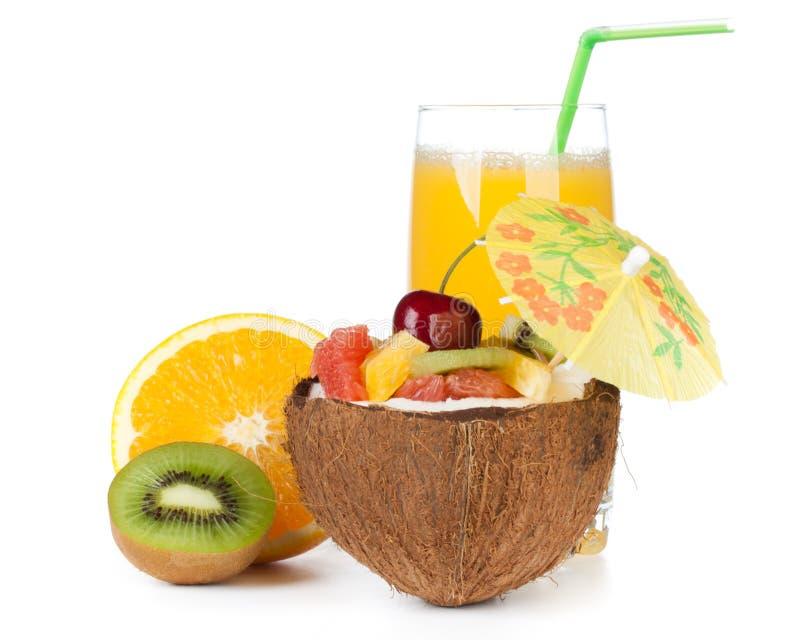Salade de fruits et jus fraîche. images libres de droits