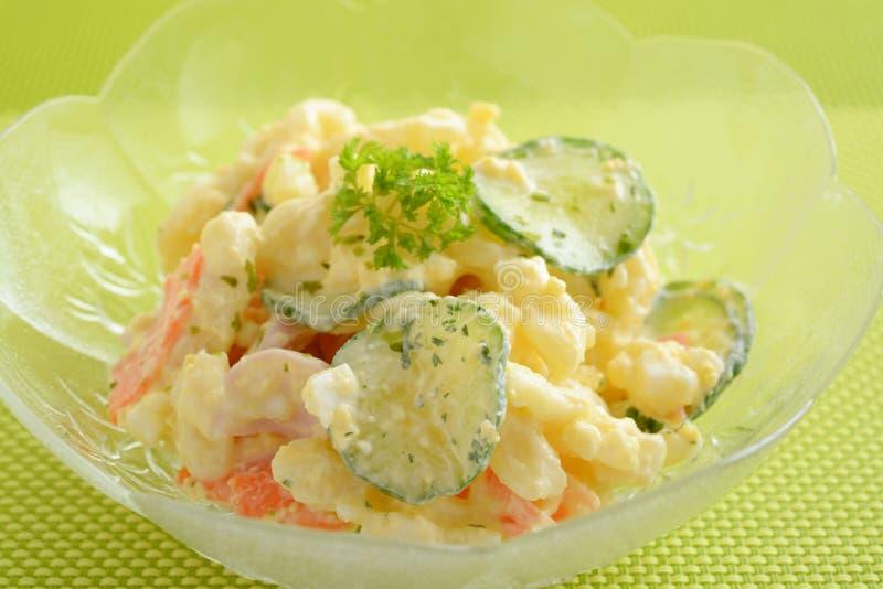 Salade de macaronis fraîche photos libres de droits