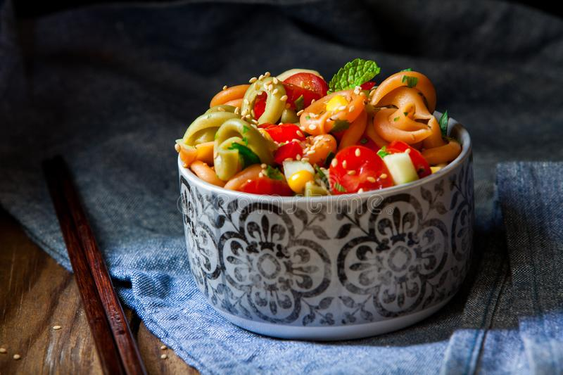 Salade de p?tes italienne photographie stock