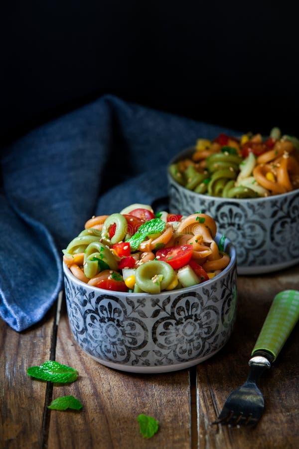 Salade de p?tes italienne images libres de droits