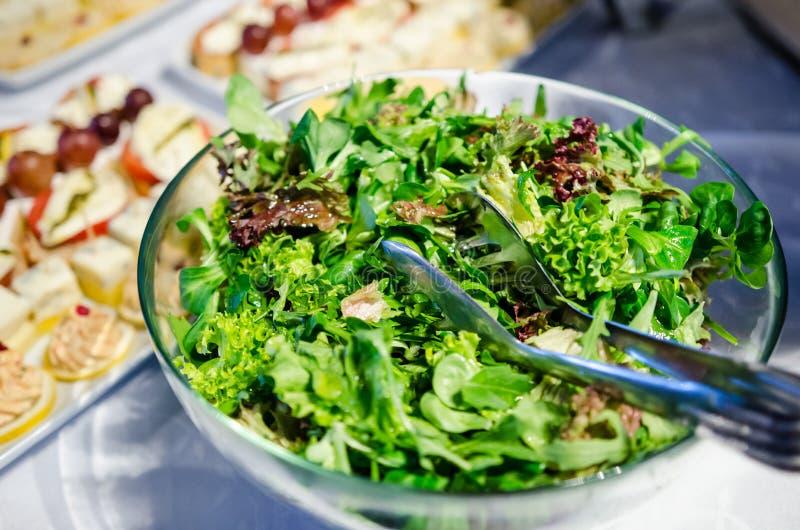 Salade de verts mélangée images stock