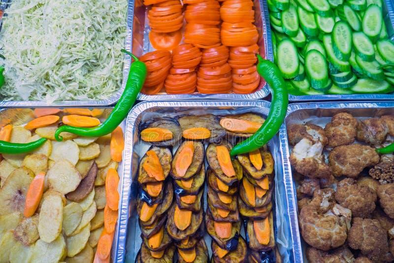 Salade in een restaurant van het snackvoedsel royalty-vrije stock afbeelding