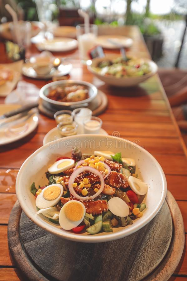 Salade, gezond voedsel, Voedingsconcept royalty-vrije stock foto's