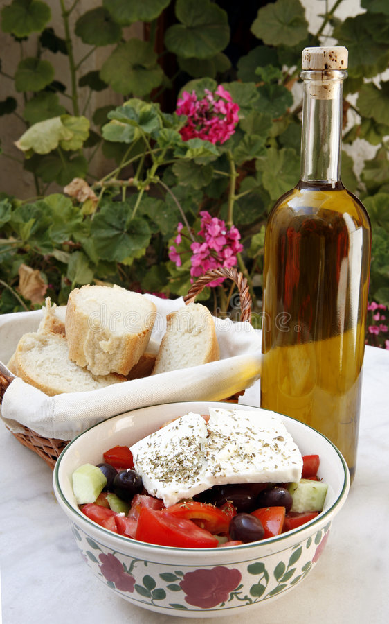 Salade grecque de pays photos stock