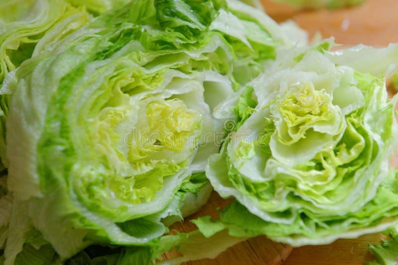 Salade 'Iceberg' verte fraîche photographie stock libre de droits