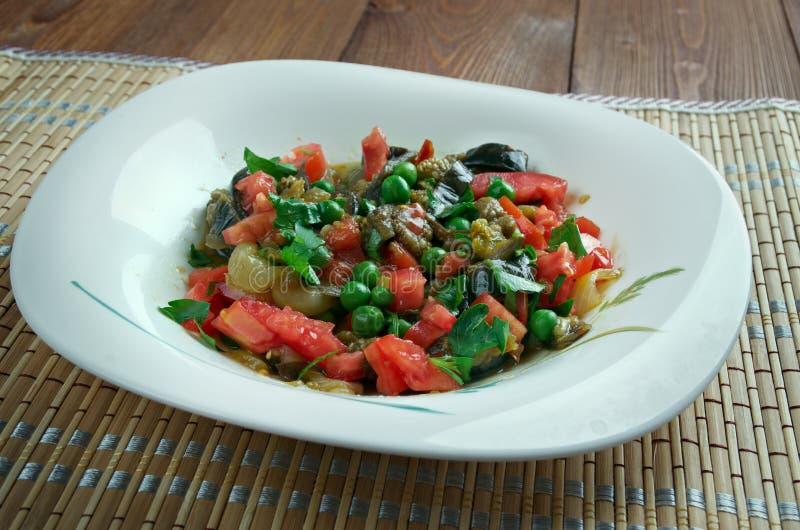 Salade israélienne d'aubergine photographie stock