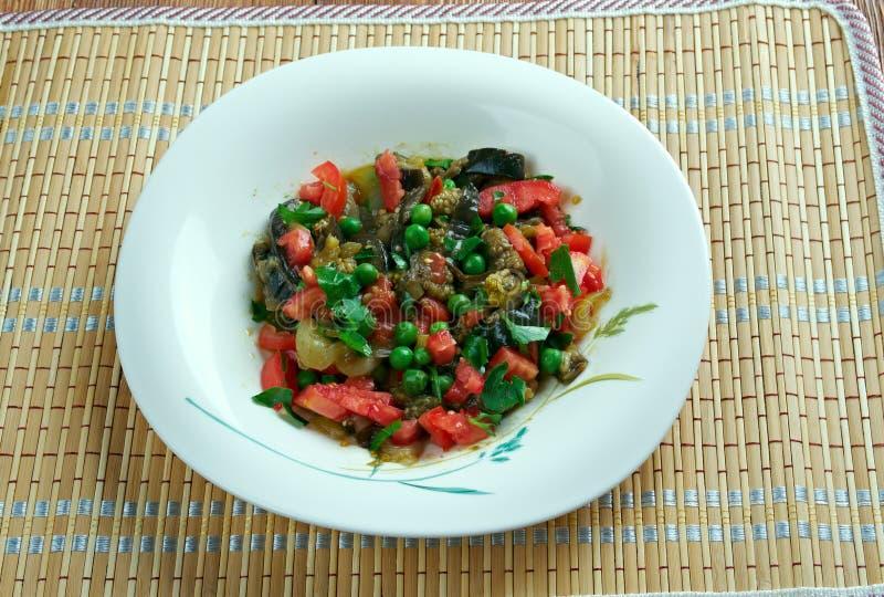 Salade israélienne d'aubergine photos libres de droits