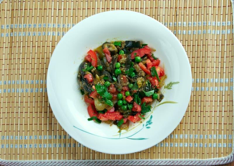 Salade israélienne d'aubergine image stock