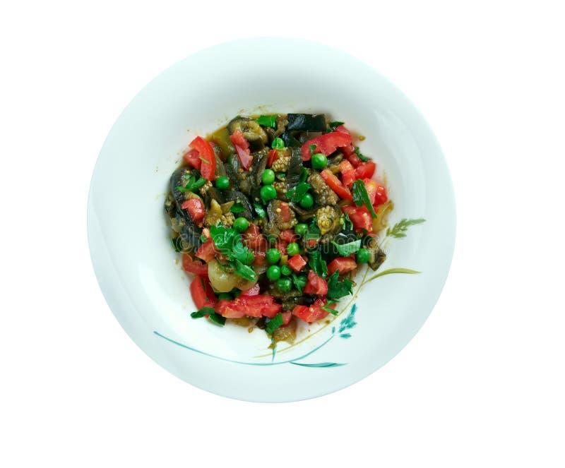 Salade israélienne d'aubergine images libres de droits