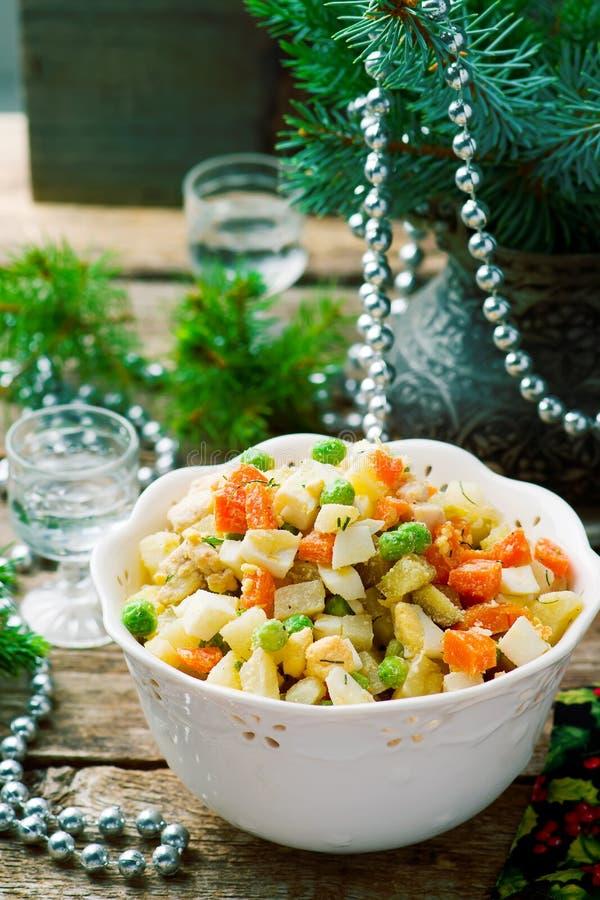 Salade Olivier, русский салат стоковые фото