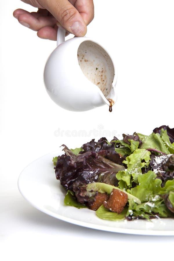 Salade organique avec des croûtons photographie stock libre de droits