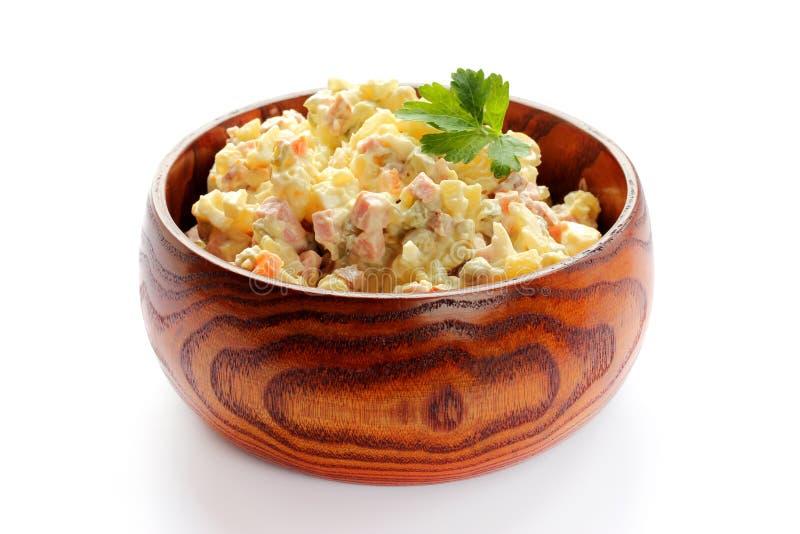 Salade russe traditionnelle Olivier Nourriture de nouvelle année image libre de droits
