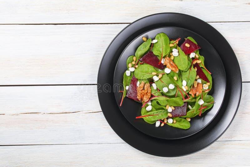 Salade saine délicieuse fraîche de cottage de betteraves photographie stock