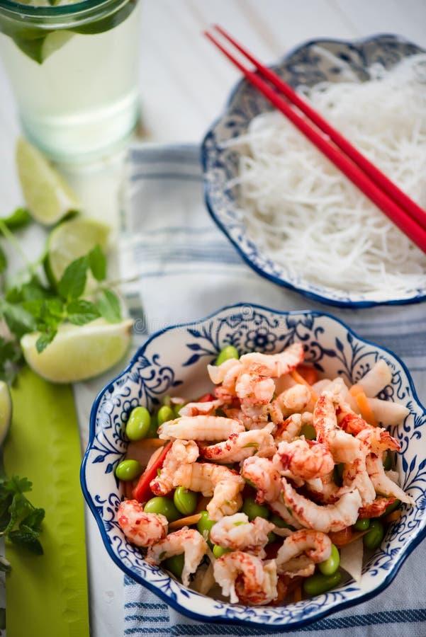 Salade saine de style asiatique photographie stock libre de droits