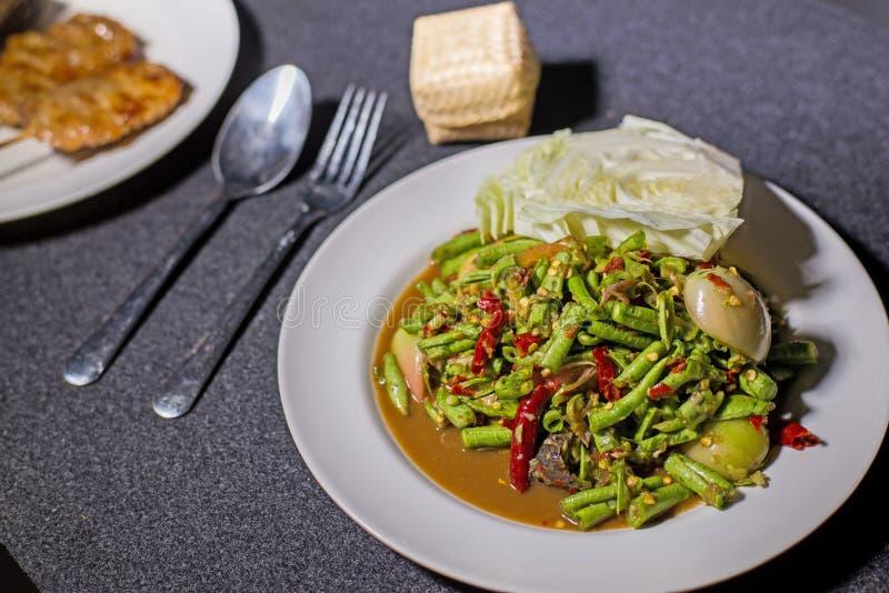 Salade thaïlandaise d'écrou images libres de droits