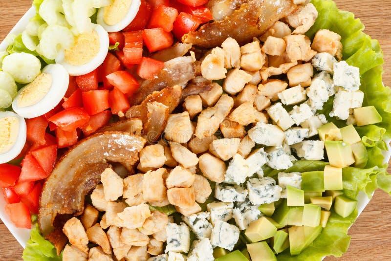 Salade traditionnelle de Cobb d'Américain image libre de droits