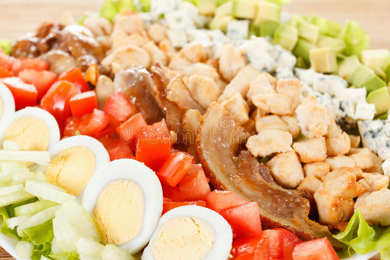 Salade traditionnelle de Cobb d'Américain photos stock