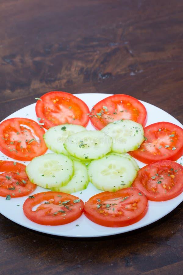 Download Salade végétale image stock. Image du plaque, cuisine - 45356861