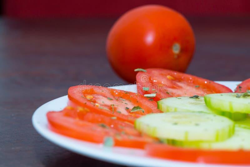 Download Salade végétale image stock. Image du salade, tomate - 45356883
