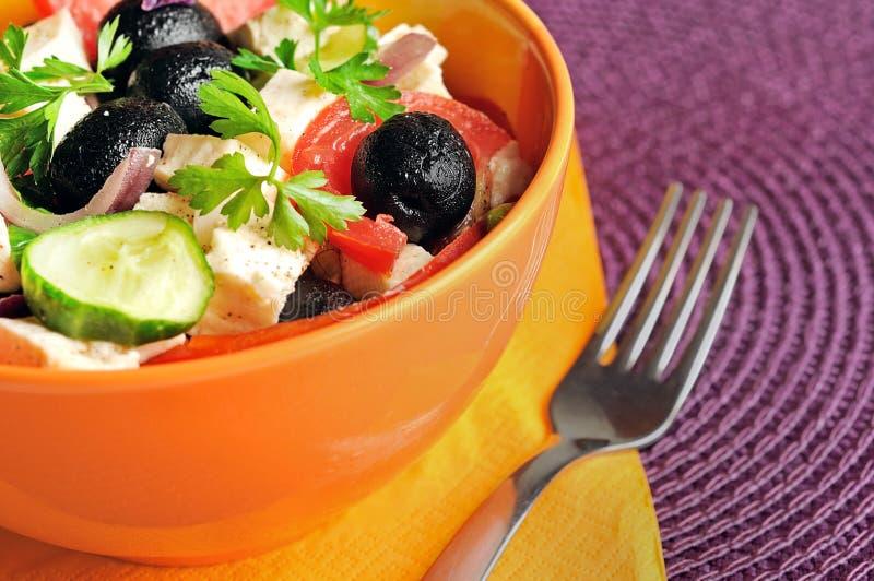 Download Salade végétale photo stock. Image du feta, fourchette - 45360358