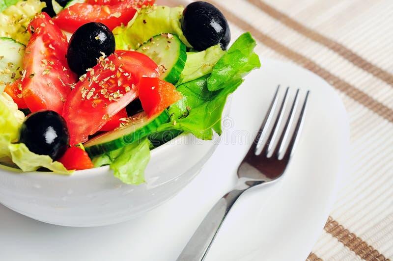 Download Salade végétale photo stock. Image du assiette, gourmet - 45360388
