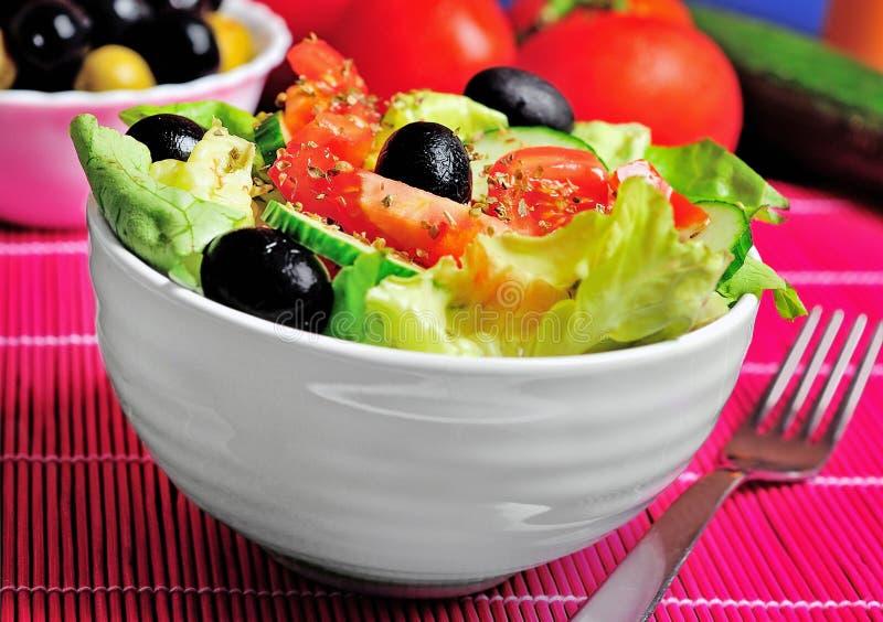 Download Salade végétale image stock. Image du aliment, cuvette - 45360399
