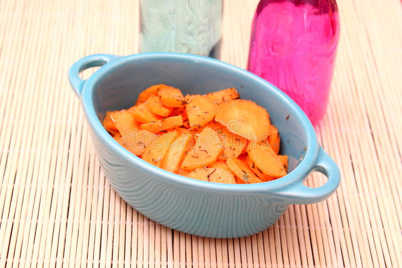 Salade van wortelen stock foto's