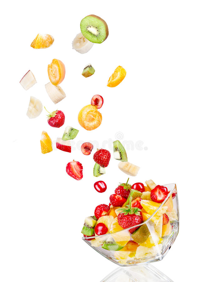 saladier en verre en vol avec le fruit photo stock image du cuvette ingr dient 55713128. Black Bedroom Furniture Sets. Home Design Ideas