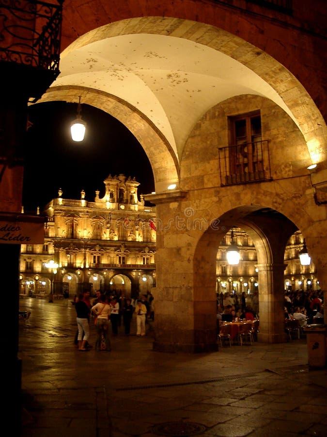 Salamanca alla notte fotografia stock