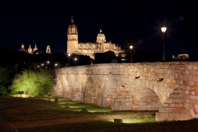 Salamanca alla notte immagini stock libere da diritti