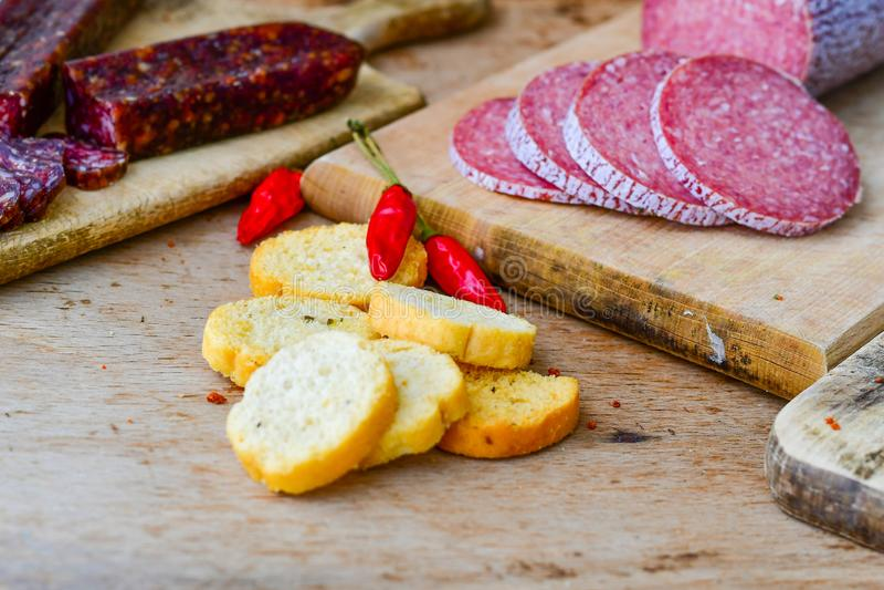 Salami en brood royalty-vrije stock foto