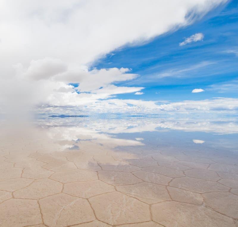 Salar de uyuni, lac de sel en Bolivie photos stock