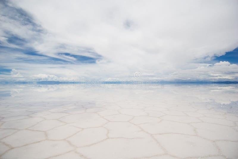Salar de uyuni, lago de sal en Bolivia foto de archivo