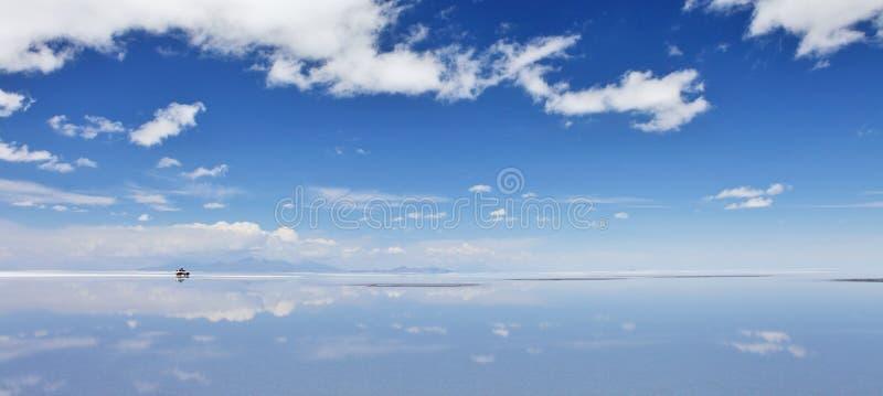 Salar de Uyuni, sal liso em Bolívia fotos de stock