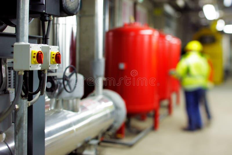 Salas de planta mecânica e elétrica fotos de stock