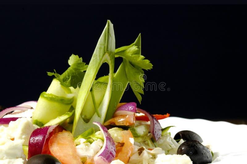 Salat mit Feta-Käse lizenzfreies stockfoto