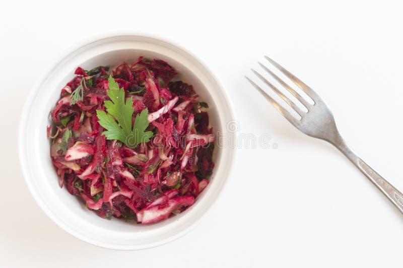 Salat mit Kohl, Karotten, rote Rüben lizenzfreies stockbild