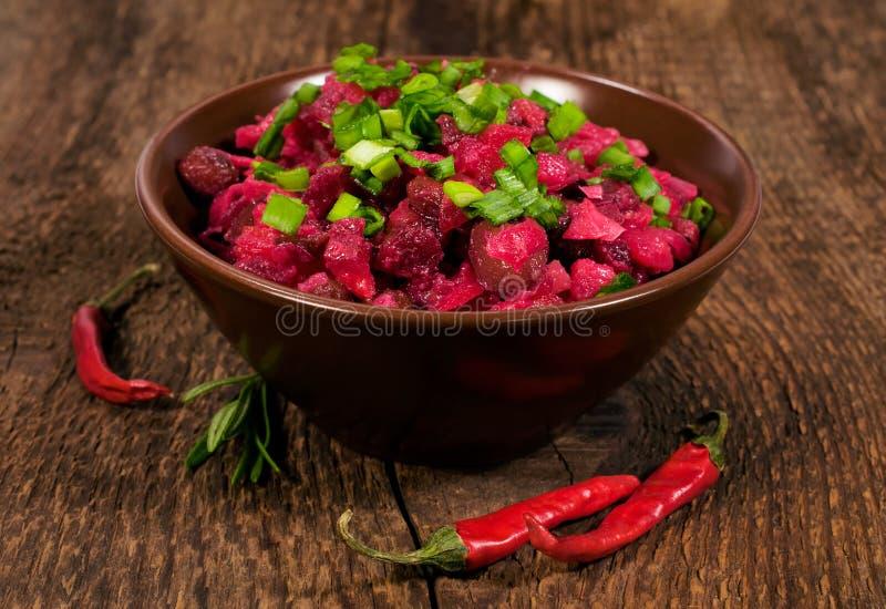 Salat mit roten Rüben stockfotografie