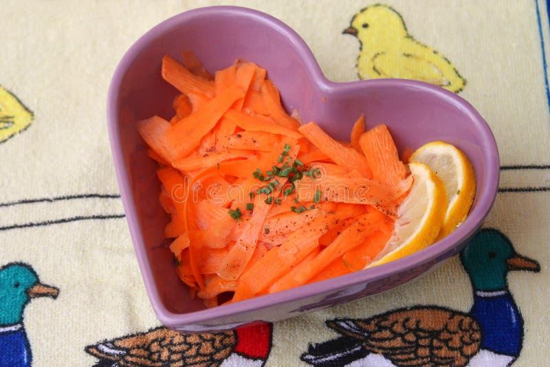 Salat von Karotten stockbild