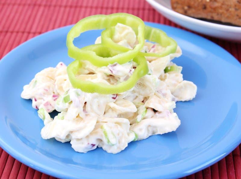 Salat von Nudeln stockbild