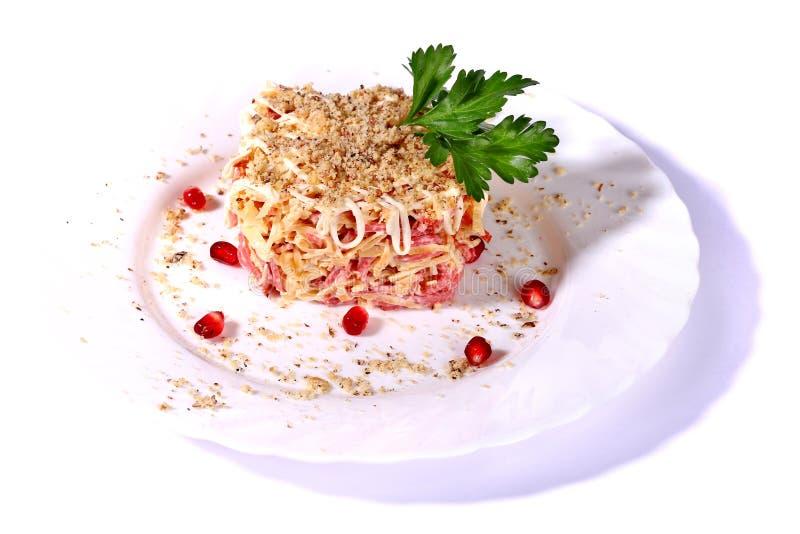 Salat von Würsten und von Käse stockbild