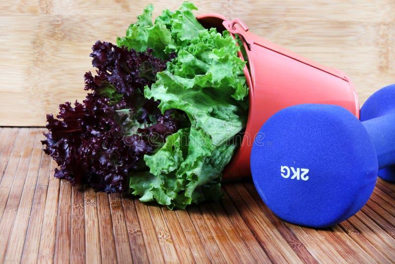 Salatblätter lizenzfreie stockbilder