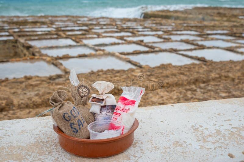 Sale marino da vendere a Marsalforn Gozo immagine stock libera da diritti