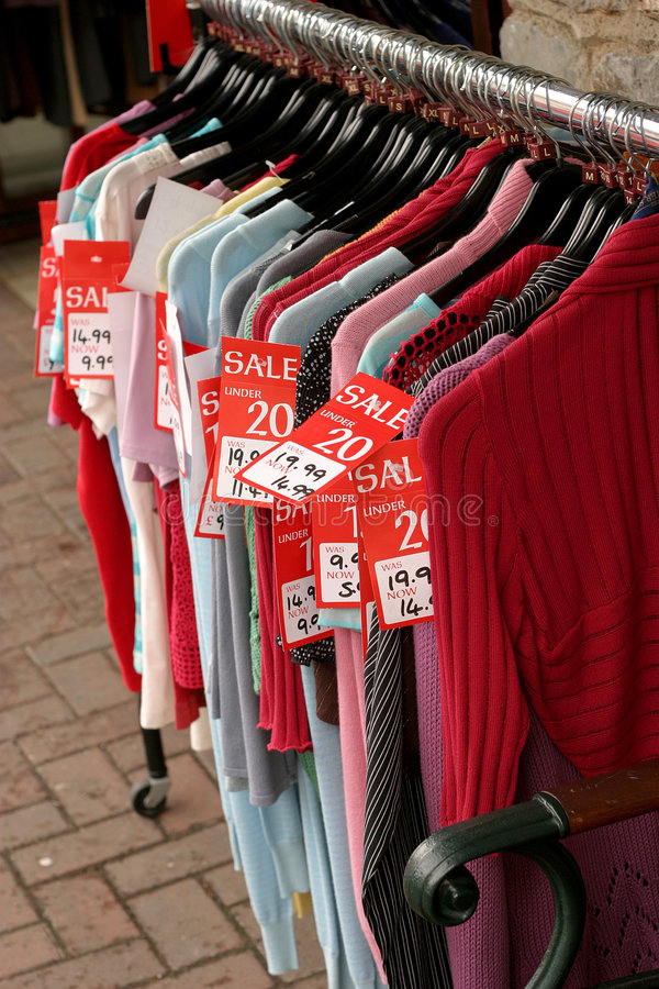 rack nordstrom to chic sale like a off deals as clothing budget hunt love places are for shopping you up the know clearancerack on end great of sales summer affordable some best scoop i and treasure finds all fashion
