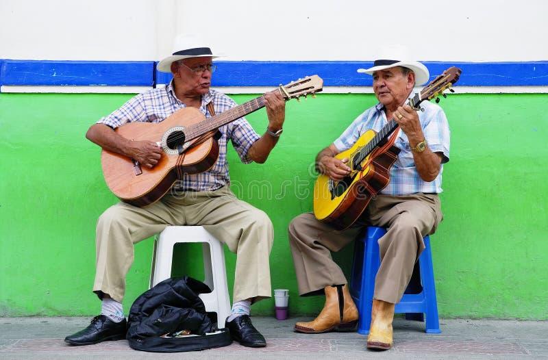 SALENTO,哥伦比亚,2018年8月17日:街道音乐场面在Salento 免版税图库摄影