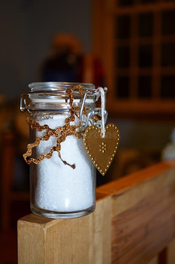 Sales de baño perfumadas de la hierbabuena foto de archivo libre de regalías