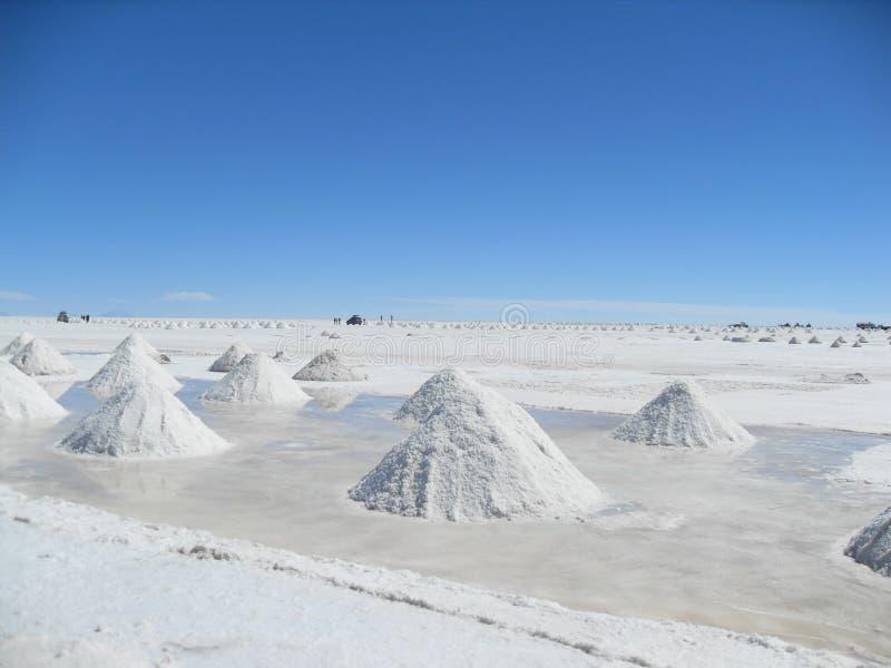 Salez les piles prêtes pour la vente - salez les appartements Bolivie photographie stock