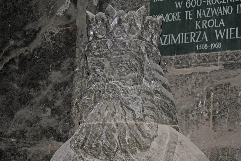 Salgue a estátua do rei polonês Casimir o grande imagens de stock
