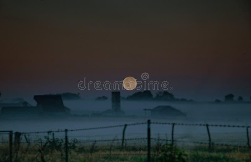 Salida de la luna de Ozarks foto de archivo libre de regalías